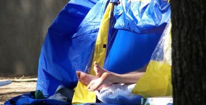 feet-tent-1306814